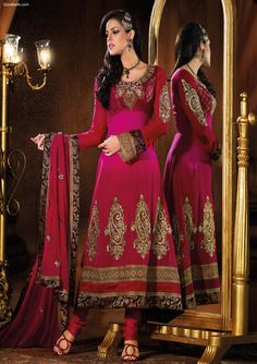 Pakistani Full Length Magenta Salwar Suit with wide lace cuffs