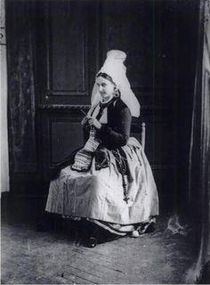 Drama Queen & Cultist of Personal Beauty: Virginia Oldoini, Countess of Castiglione
