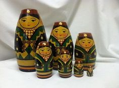 RARE-Russian-Nesting-Dolls-matryoshka-Druzba folk-art-wood-wooden-figures-toy-vintage-7