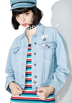 Obey Lemmy Denim Jacket born to lose, but live to win bb~ Blow 'em the kiss of death in this sikk af denim jacket featuring an oversized fit, classic 4-pocket construction, 2 additional inner-pockets, adjustable back waist tabs and custom OBEY pins.