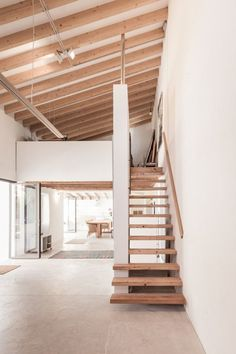 An Old Farmhouse Transformed Into An Art Studio And Gallery In Mallorca Loft Design, Tiny House Design, Interior And Exterior, Interior Design, Exterior Paint, Loft House, Old Farm Houses, Future House, House Plans
