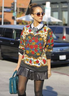 How to Effortlessly Rock 4 Winter Trends at Once. Love the sweatshirt!
