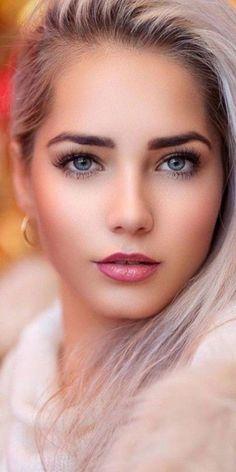 Beautiful Women Pictures, Beautiful Girl Image, Gorgeous Women, Beauté Blonde, Blonde Beauty, Most Beautiful Eyes, Stunning Eyes, Cute Girl Face, Woman Face