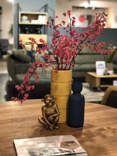 Op zoek naar leuke cadeaus voor de feestdagen? Kijk ook eens bij Trendhopper op Meubelplein Ekkersrijt! #cadeau #gift #cadeauidee #feestdagen #son #ekkersrijt #interieur #home #living #inspiratie #interior #accessoires #cadeaus #meubelpleinekkersrijt #sinterklaas #kerst #eindhoven #blog #interior #interiordesign #design #homedecor #home #architecture #decor #furniture #art #homedesign #interiors #decoration #inspiration #r #interi #interiordesigner #style #livingroom #interiorstyling Home Design, Nars, Table Decorations, Furniture, Home Decor, Decoration Home, Home Designing, Room Decor, Home Furnishings