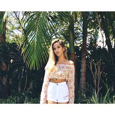 Image shared by on We Heart It Emmalyn Estrada, Image Sharing, Off Shoulder Blouse, White Shorts, Bohemian, Style Inspiration, Crop Tops, Female, Celebrities