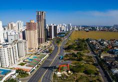 Avenida Cassiano Ricardo, bairro Aquarius, zona Oeste de São José dos Campos. Foto: Filmear Droneworks