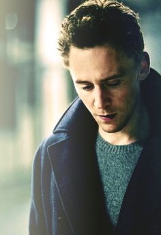 What's that you say?  I pin too many pictures of Tom Hiddleston?  Oh no my dear friend. You are sadly mistaken. There is no such thing as too much pictures of Tom Hiddleston.