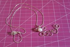 Tutorial on how to write with wire! And how to make a wire word necklace