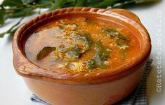 Pe o vreme ploioasa si friguroasa ca asta o ciorba de legume … Romanian Food, Romanian Recipes, Thai Red Curry, Cantaloupe, Soup Recipes, Bacon, Food And Drink, Meals, Ethnic Recipes