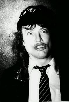 Angus Young. Best Duckface.