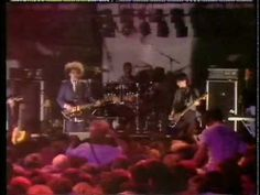▶ The Cure - One Hundred Years (live, Glasgow 1984) - YouTube