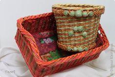 Поделка изделие Плетение Подносики-разносики и др   Трубочки бумажные фото 1