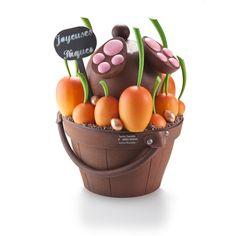 Oeuf de Pâques, Vincent Guerlais Easter Chocolate, Chocolate Art, Homemade Chocolate, Chocolates, Chocolate Showpiece, Candy Making, Easter Treats, Food Design, Easter Eggs
