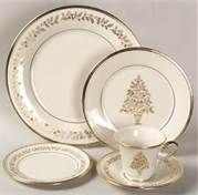 christmas china dinnerware patterns - Love Christmas China
