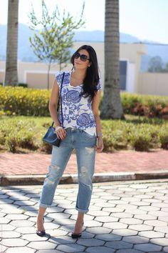 look do dia salto alto scarpin calça boyfriend jeans azulejo português porcelain print moda fashion tendência borboletas na carteira-9
