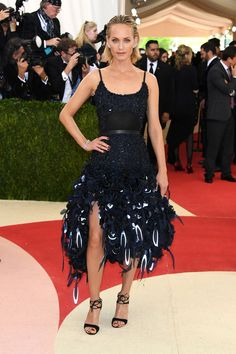 Amber Valletta in an H&M dress and Gianvito Rossi shoes at the Met Costume Gala 2016: Manus x Machina