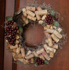 Wine cork wreath! #diy #womentriangle