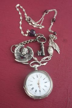 7 tips buying watches Celtic, Old Watches, Pocket Watches, Antique Jewelry, Vintage Jewelry, Silver Swan, Amethyst Jewelry, Silver Jewelry, Christmas Necklace