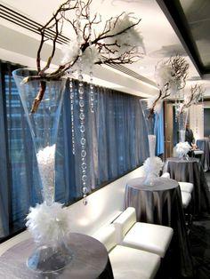 Coquetel dinatoire corporatif pour les fêtes Curtains, Home Decor, Cocktail, Insulated Curtains, Homemade Home Decor, Blinds, Draping, Decoration Home, Drapes Curtains