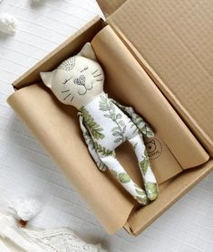 Cat cloth doll Organic stuffed animal Soft plush linen flax toy new mom gift basket New Mom Gift Basket, Do It Yourself Design, Handmade Stuffed Animals, Diy Bebe, Fabric Toys, Cat Doll, Sewing Dolls, Gifts For New Moms, Soft Dolls