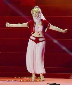 Men are still dreaming of Jeannie, as Barbara Eden appears in old costume
