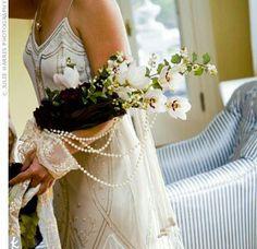 Bouquet a fascio con decori vintage