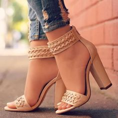 $55.99 ~ New Arrival Summer Round Chunky Heels – AZMODO.COM