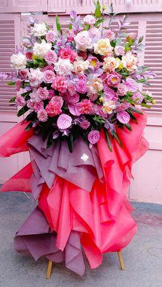 Tee Pee, Ikebana, Flower Designs, Flower Arrangements, Floral Wreath, Bouquet, Vase, Wreaths, Garden