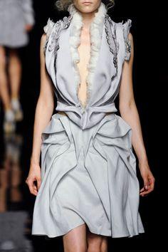 Yiqing Yin Haute Couture Fall 2012