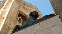 Split Sphinx   © Jorge Brazil/Flickr