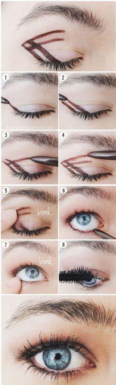 Resimli Göz Makyajı Yapımı. Malzeme ve anlatım için tıklayın.