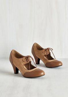 It's a Sure Fete Heel in Butterscotch - Tan, Solid, Work, Vintage Inspired, 40s, Good, Menswear Inspired, Lace Up, Variation, Mid