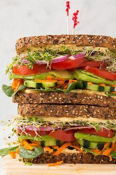 Vegetarian Sandwich Recipes - Filling Vegetable Meals veggie and hummus sandwich.veggie and hummus sandwich. Best Vegetarian Sandwiches, Tasty Vegetarian, Healthy Sandwiches, Vegan Sandwich Recipes, Vegetarian Dinners, Vegetarian Wraps, Gourmet Sandwiches, Vegetarian Breakfast Recipes, Hummus Sandwich