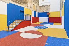 Un Terrain de Basket à Paris à la Manière de Piet Mondrian - Chambre237