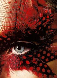 Red Feather Eyes by Richard Burbridge Richard Burbridge, Make Up Art, Eye Make Up, Mode Editorials, Feather Art, Red Feather, Fantasy Makeup, Fantasy Hair, Harpers Bazaar