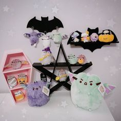 Love this picture with our Bat Shelf, Pink Coffin Shelf & Batty Keyholder! All sourpuss Items are tagged! Goth Bedroom, Pastel Bedroom, Vampire House, Halloween Bedroom, Goth Home Decor, Gypsy Decor, Pink Coffin, Gothic House, Gothic Room