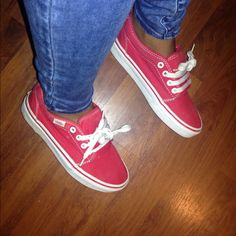Shop Women's Vans Red size Men's women Shoes at a discounted price at Poshmark. Description: Super comfy and cute vans.great condition, honestly forgot I had them,. Converse Tennis Shoes, Vans Shoes, Cute Vans, Red Vans, Color Red, Comfy, Things To Sell, Products, Fashion