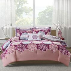 Intelligent Design Marissa Complete Bed and Sheet Comforter Set Size: Twin XL, Color: Coral