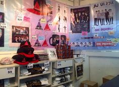 ONE DIRECTION MERCH! (@KRF1D)
