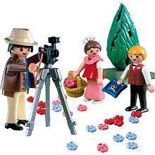 @Emily Porter-- how funny?? Playmobil Wedding Playset: Photographer with Flower Girl and Ring Bearer