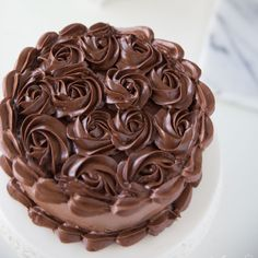 When you just need a rich, dark chocolate to satisfy your craving, this decadent dark chocolate buttercream is your answer! Looks and tastes irresistible! Chocolate Buttercream Cake, Chocolate Fudge Icing, Buttercream Cake Designs, Dark Chocolate Recipes, Dark Chocolate Cakes, Buttercream Recipe, Chocolate Truffles, Frosting Recipes, Chocolate Desserts