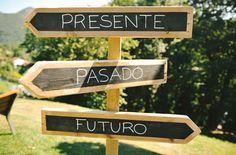 Idea original para bodas: las señales de madera ¡con tan especial y original indicación! #decoration #weddings #decoracion #bodas #carteles #spain