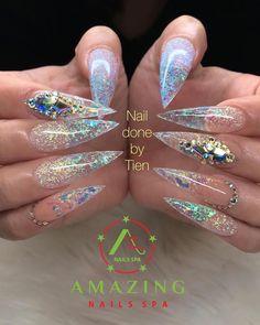 Long nails with gems Modern Nails, Amazing Nails, Nail Spa, Stiletto Nails, Long Nails, Gems, Beauty, Collection, Rhinestones
