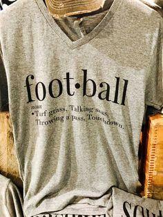Basket ball girlfriend outfits baseball mom 18 ideas for 2019 Football Coach Wife, Football Mom Shirts, Fall Football, Football Outfits, Football Design, Baseball Mom, Football Stuff, Football Season, Baseball Tees