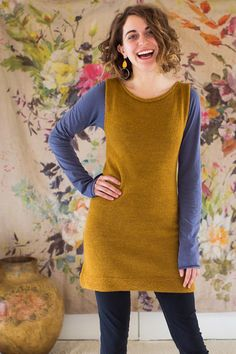 Simple, versatile tunic with shaping and colorwork options