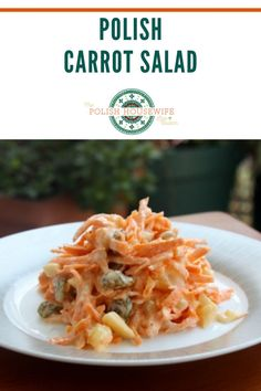 Classic carrot salad, it's a deli staple and one of the dishes from my childhood. Healthy Meals, Healthy Recipes, Polish Easter, Great Recipes, Favorite Recipes, Crazy Kitchen, Carrot Salad, Easter Traditions, Polish Recipes