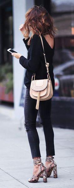 V back jumper. skinny jeans. snake print sandals. fall street style.