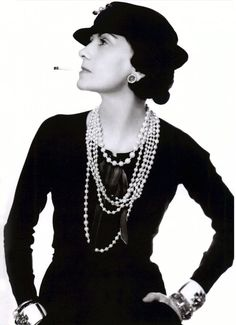 http://repka.pl/wp-content/gallery/coco-chanel/Coco-Chanel-2.jpg
