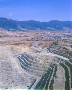 Open Pit Copper Mine, Butte, Montana by Piedmont Fossil, via Flickr
