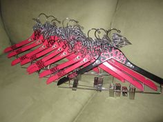 custom painted hangers for CHEER squads and competitions, DANCE teams, POM… Cheer Coaches, Cheerleading Gifts, Cheer Gifts, Dance Team Gifts, Cheer Dance, Sadies Dance, Dance Moms, All Star Cheer, Cheer Mom
